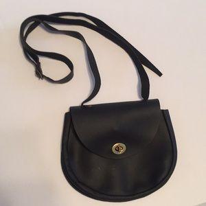 Vintage black leather adjustable strap purse